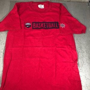 Vintage Nike USA basketball Red shirt size small